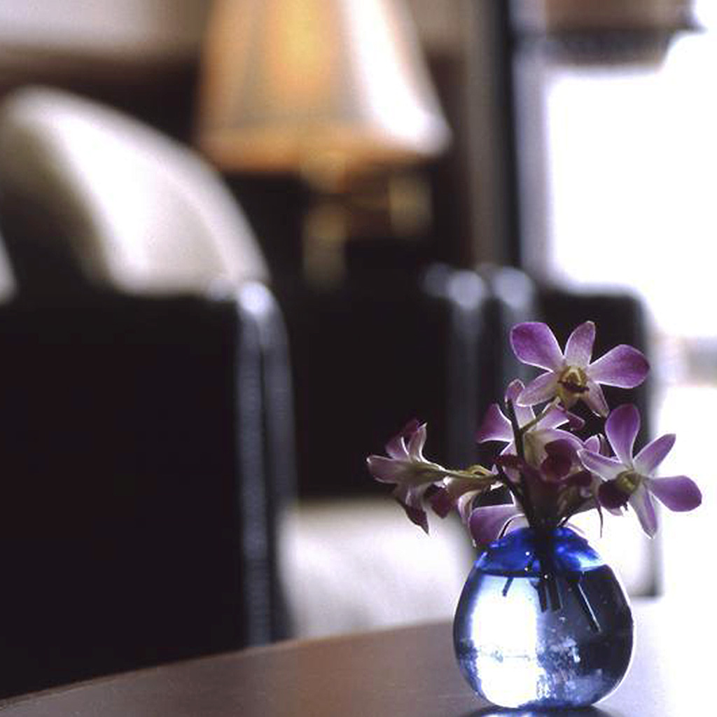 Flowers in a vase on coffee table